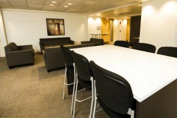 Tufts-University-South-Hall-Business-Lounge-14-Resized