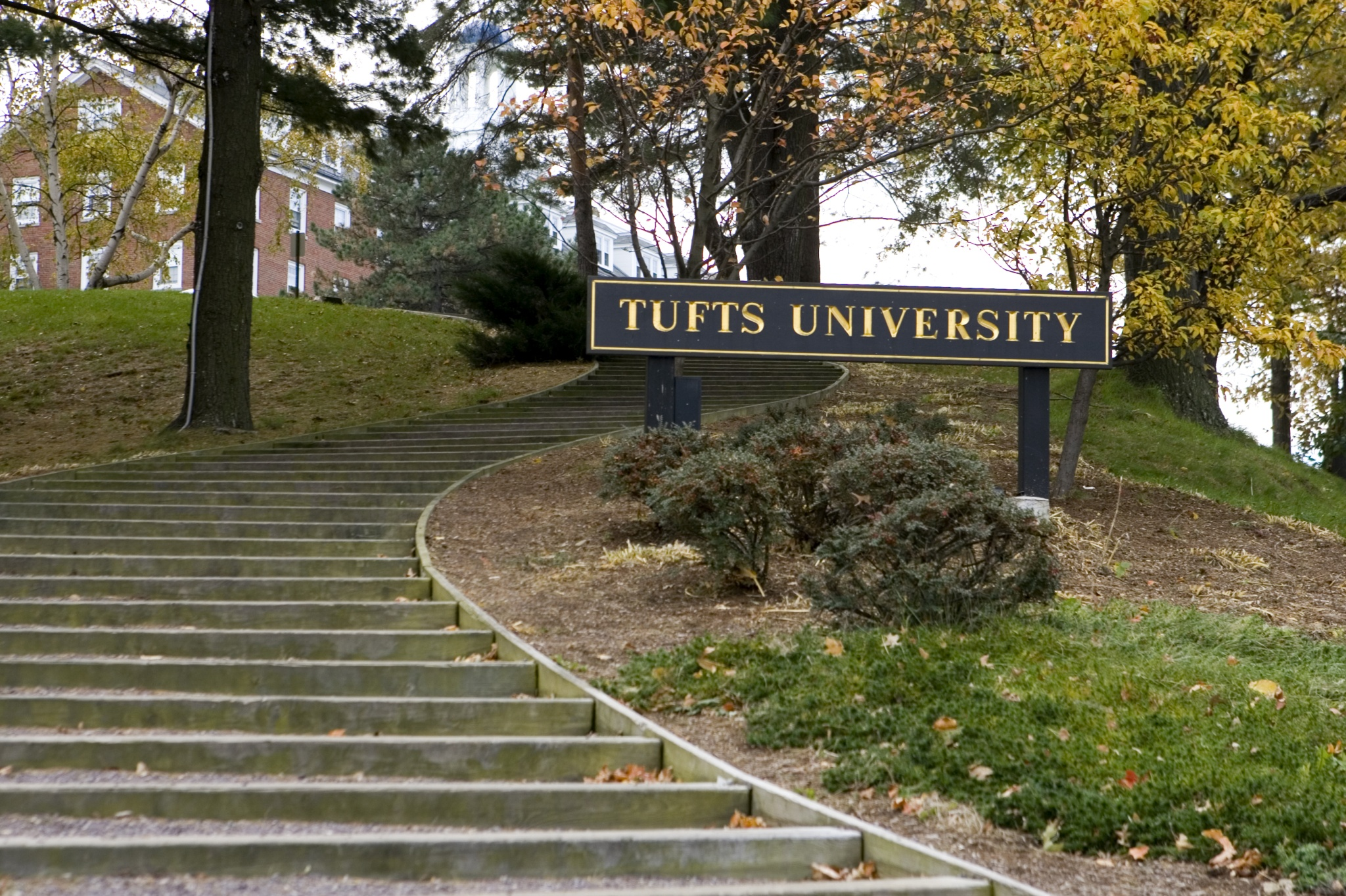 Tufts Medford Campus Map.Tufts Campus Map Vegas Map Of Hotels Google Maps Las Cruces
