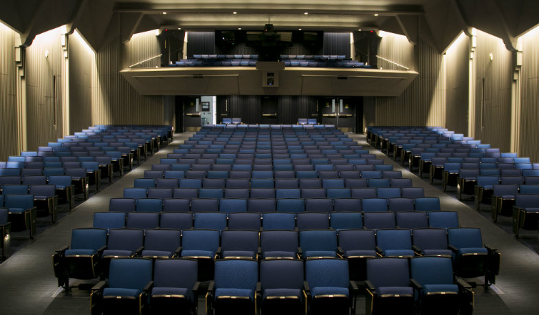 Tufts_University_Cohen_Auditorium_Main_Photo.jpg